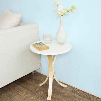 Arredare il salone in stile nordico facehome - Tavolo stile scandinavo ...